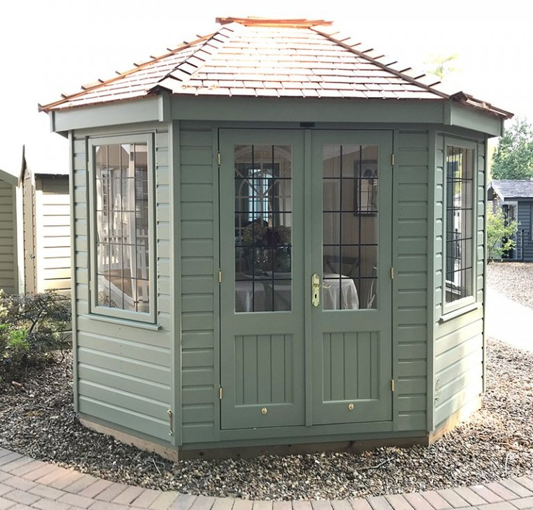 Front view of the 2.4 x 3.0m Wiveton at Sunningdale