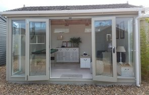 3.0 x 4.2m Burnham Studio at Brighton with furniture inside