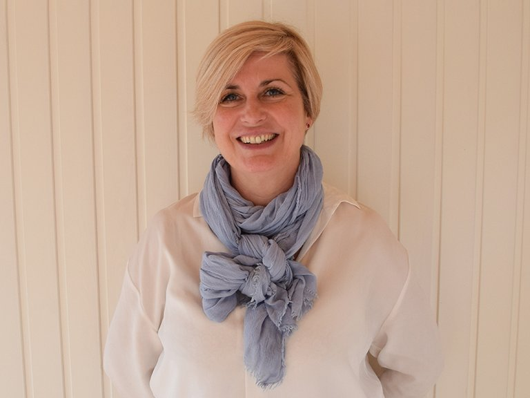 Sharon<br/> Sales Consultant
