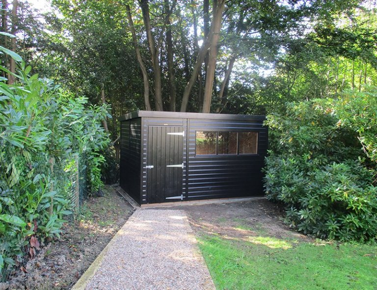 8 x 12ft Superior Shed with Pent Roof in Sikkens Black