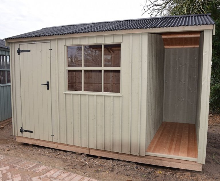 2.4 x 3.6m Blicking Shed At St Albans in Wade Lantern
