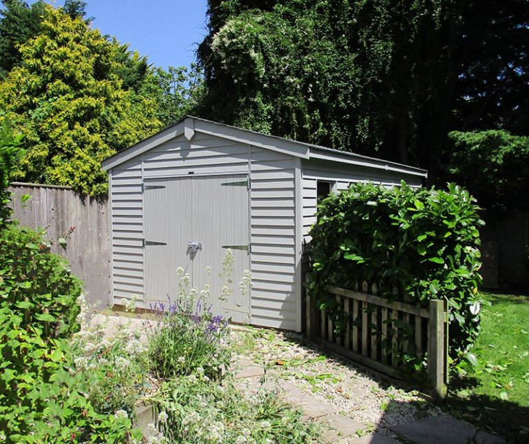 3.1 x 6.0m Weatherboard-Clad Garage painted in Pebble