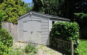 3.1 x 6.0m Weatherboard-Clad Garage painted in Pebble