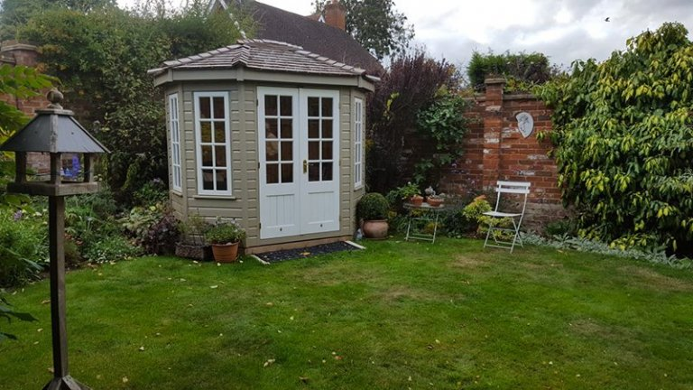 Taupe & Ivory Wiveton Summerhouse measuring 1.8 x 2.5m