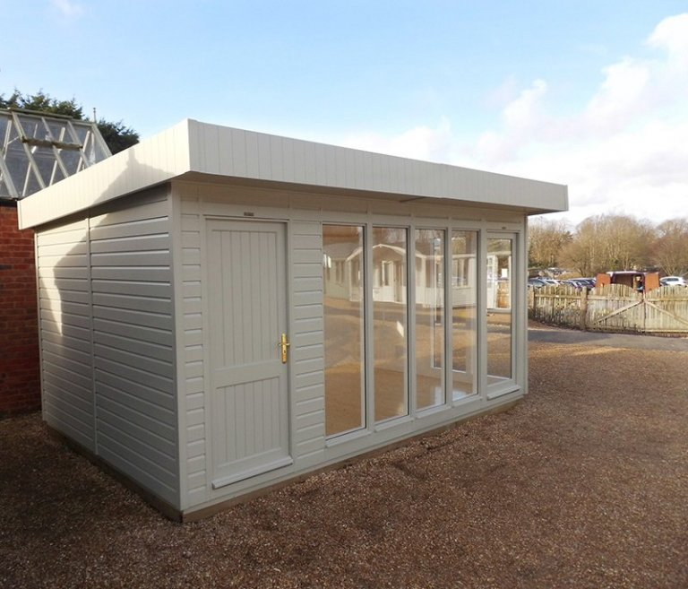 Burford 3.0m x 4.8m Salthouse Studio with closed doors
