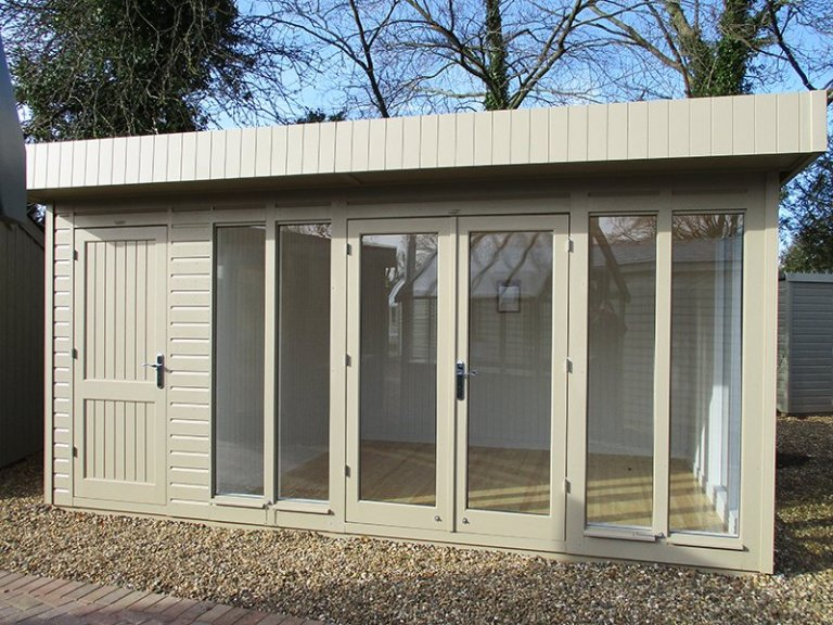 3.0 x 4.8m Salthouse with Storage Partition at St Albans