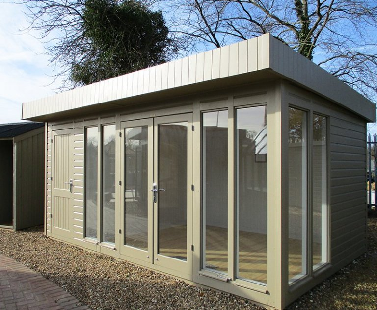 St Albans 3.0 x 4.8m Salthouse with Storage Partition