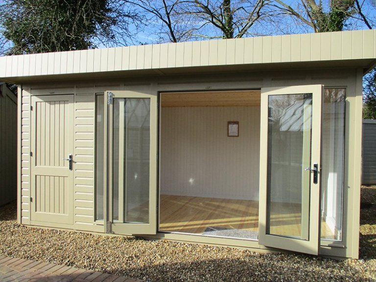 3.0 x 4.8m Salthouse with Storage Partition and open double doors at St Albans