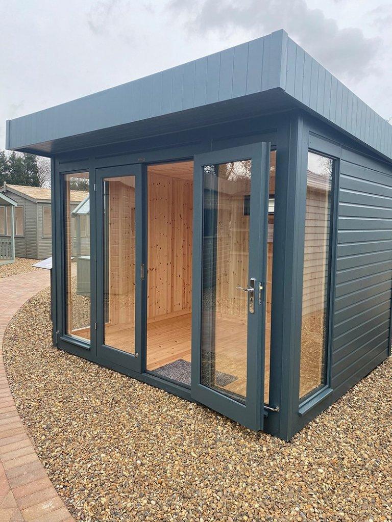 St Albans 2.4 x 3.0m Salthouse Studio with open double doors