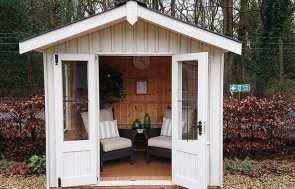 National Trust Ickworth Summerhouse at Newbury measuring 2.4 x 1.8m