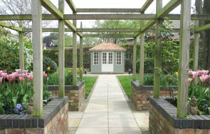 Two-tone Cley Summerhouse with Georgian Windows