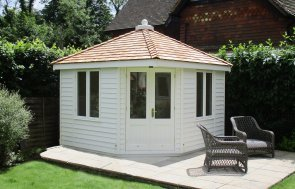 3.0 x 3.0m Weybourne in Exterior Cream with weatherboard cladding