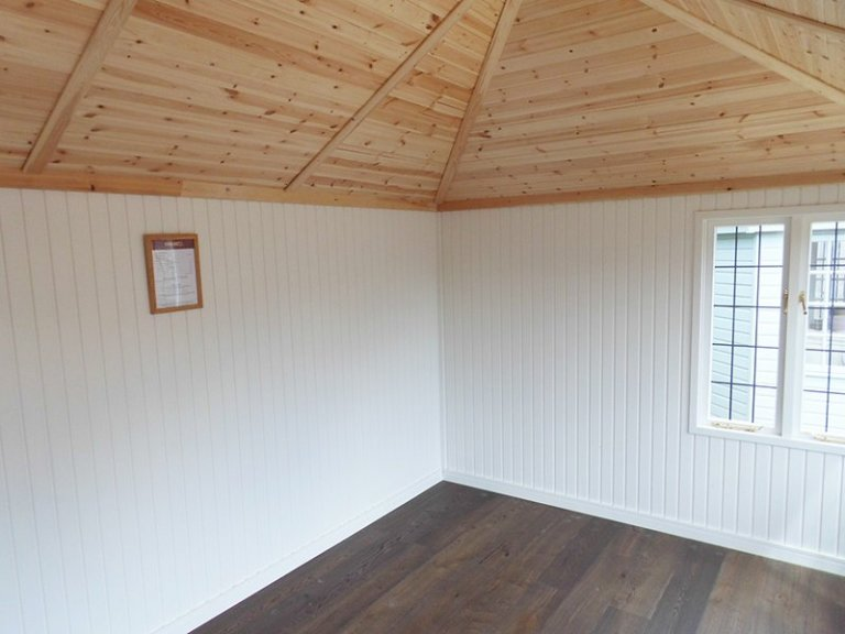 Inside the 3.0 x 4.2m Cley Summerhouse at Burford