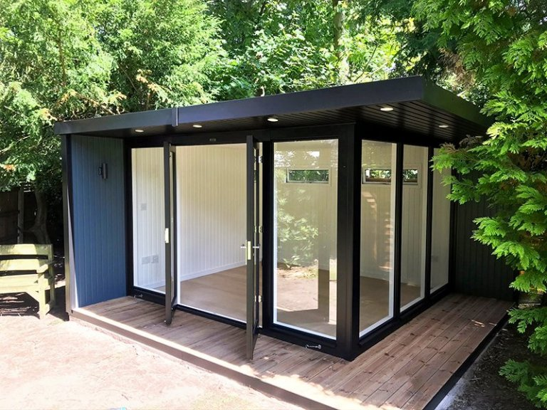 3.8 x 4.2m Holt Studio painted in Black & Slate from our exterior paint system