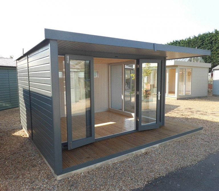 3.8 x 4.4m Holt Studio at Burford