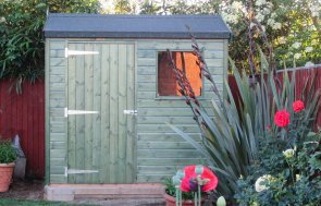 Superior Shed painted in Green Sikkens