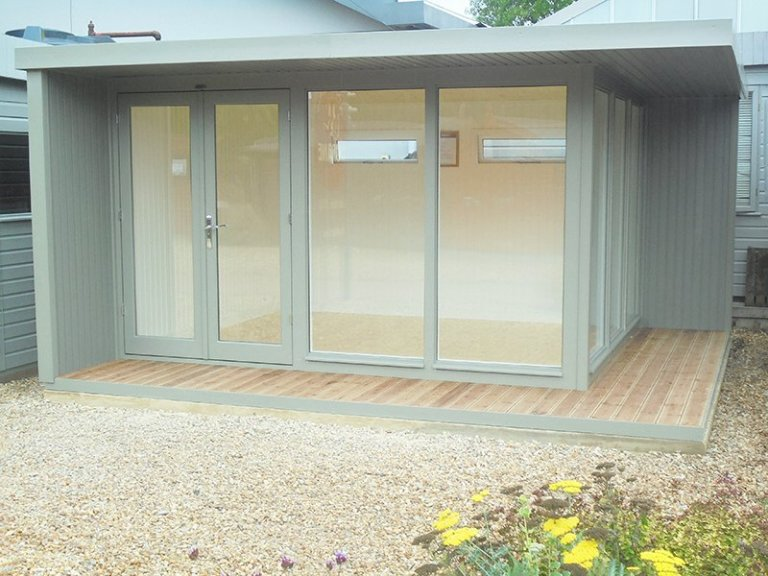 3.8 x 4.4m Holt Studio at Newbury