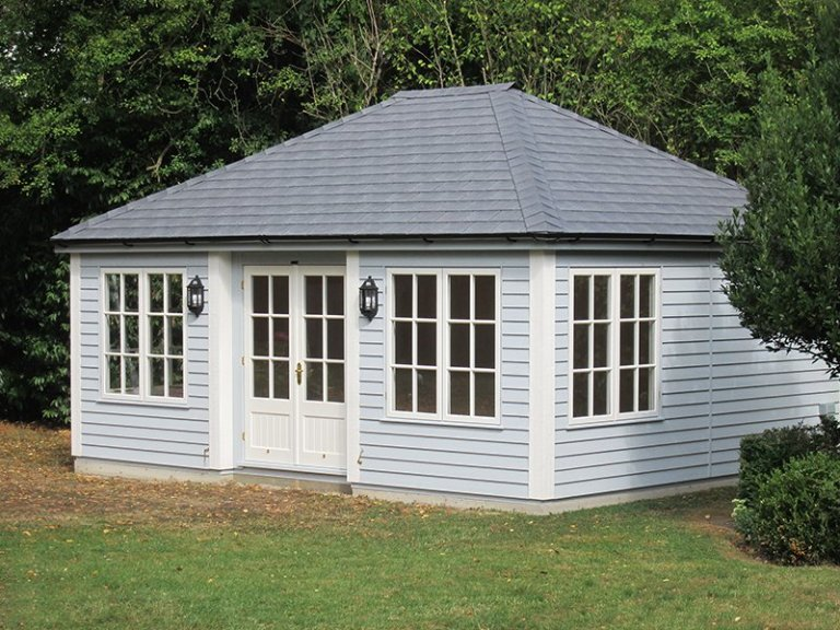 4.8 x 6.0m Garden Room in Exterior Saltwater and Farrow & Ball Pointing