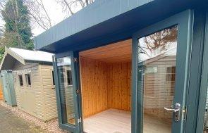 2.4 x 3.0m Trentham Salthouse with engineered flooring