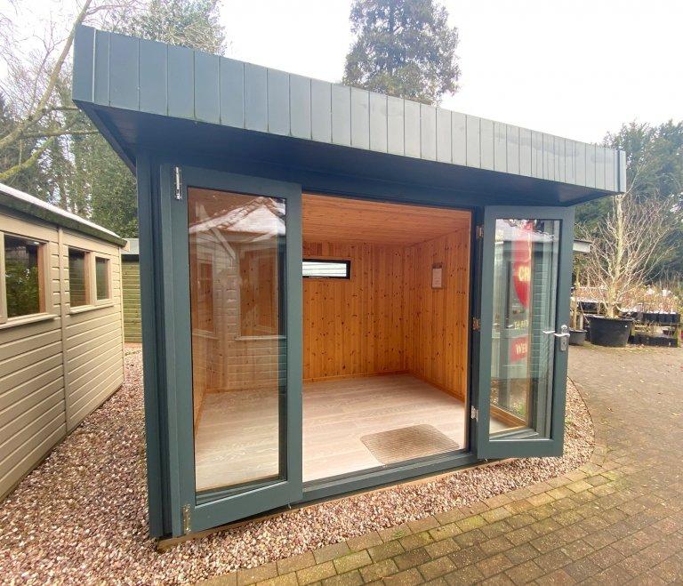 Salthouse Studio - 2.4m x 3.0m (8ft x 10ft)
