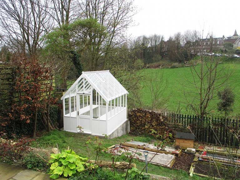 2.4 x 3.0m Greenhouse in Exterior Ivory Paint