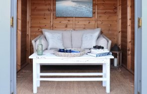 Unlined Summerhouse Interior