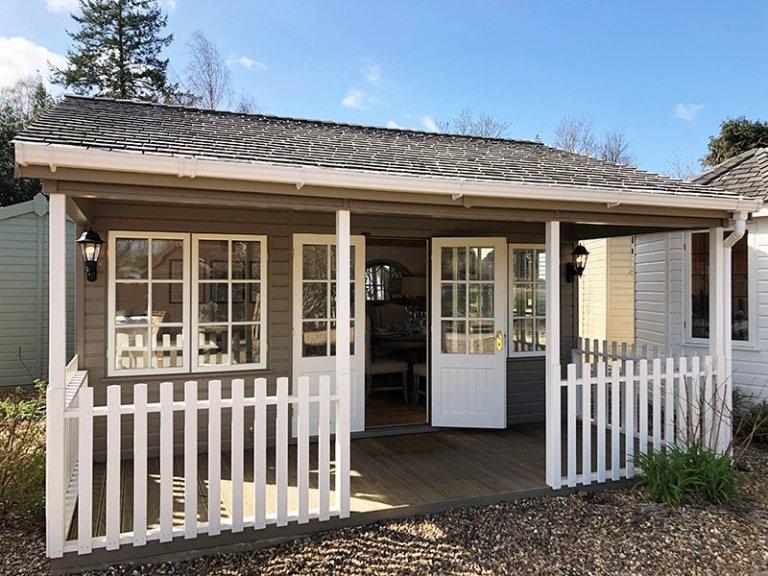 5.4 x 4.8m Pavilion Garden Room in Farrow & Ball Mouse's Back