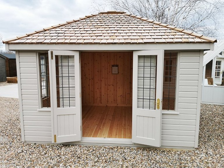 3.0 x 3.6m Cley Summerhouse at Sevenoaks in Exterior Twine Paint