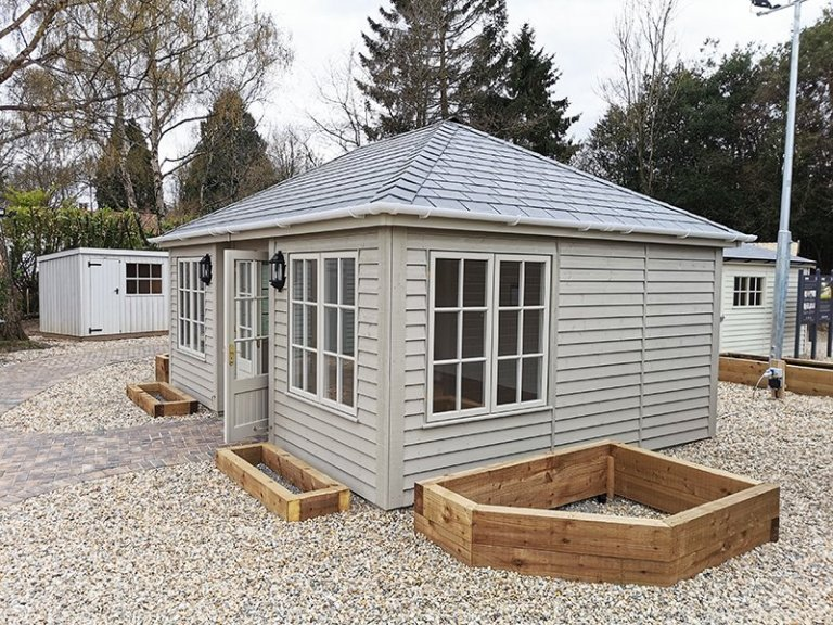 4.2 x 6.0m Garden Room Painted in Farrow & Ball Light Gray & Old White