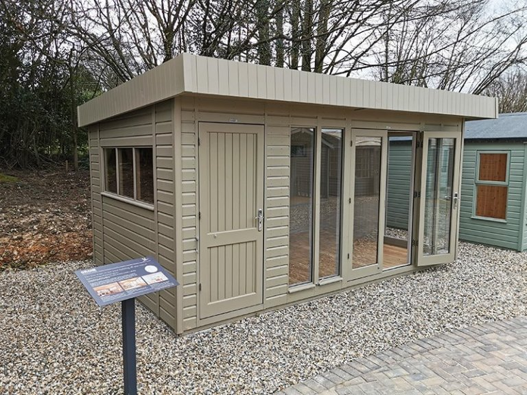 3.0 x 4.8m Salthouse Studio With Partition in Exterior Taupe Paint