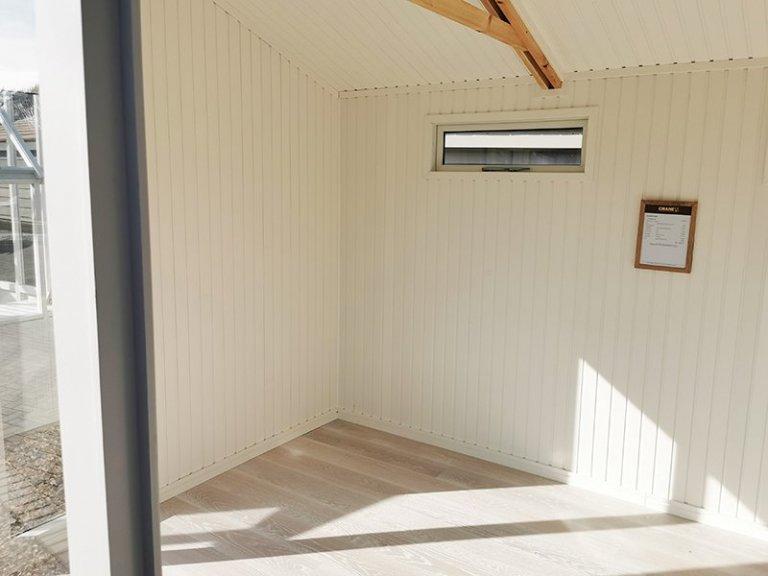 Interior of Sevenoaks' 3.0 x 4.2m Burnham Studio in Exterior Pebble Paint