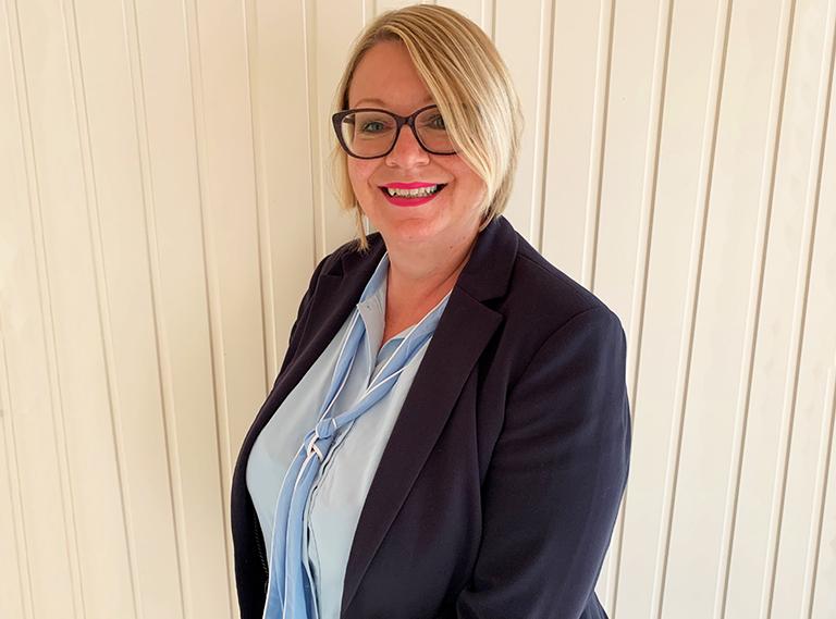 Joanna<br/> Sales Consultant