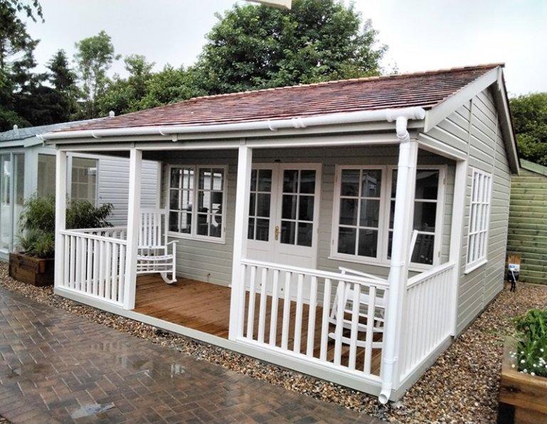 5.4 x 4.8m Pavilion Garden Room painted in Farrow & Ball French Gray & Slipper Satin at Sevenoaks