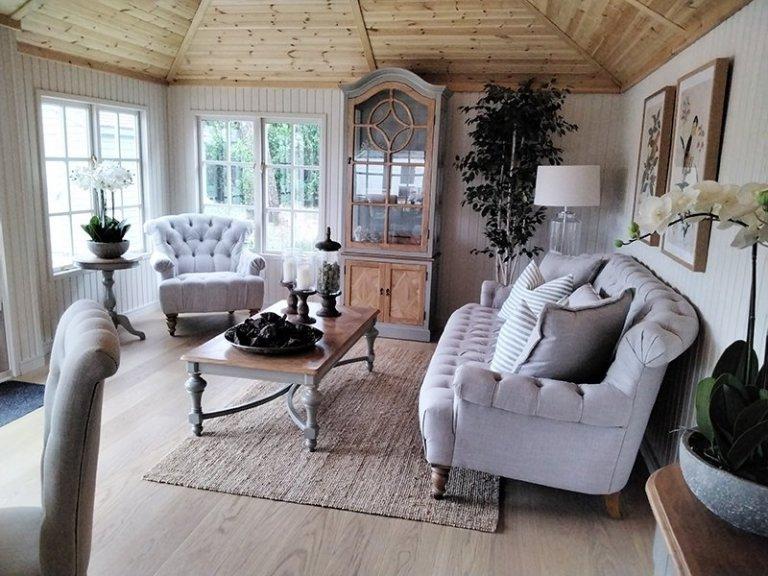 Sevenoaks' Dressed 4.2 x 6.0m Garden Room with Farrow & Ball Shadow White walls and Shade Oak Engineered Flooring