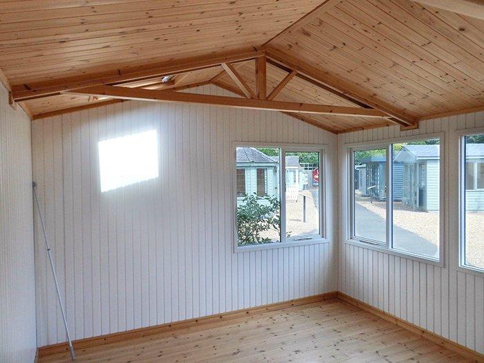 Langham Studio - 3.6m x 4.2m (12ft x 14ft)